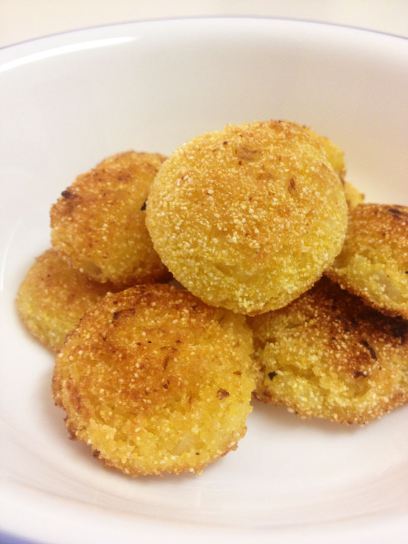 How to make Cornmeal Onion Johnnycakes from The Dharma Bums | CookFiction.com